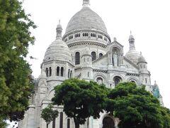 サクレクール寺院にやってきました。 パリの北に位置するモンマルトルの丘です。