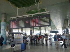 ここが新幹線の桃園駅の改札口です。