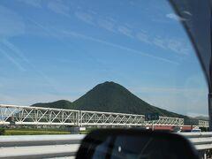 伊吹山が見えてきました
