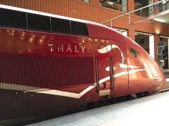 スキポール駅に、ほぼ時間通りに入線してきたパリ行きのタリス#9358号に乗って、ベルギーのアントワープに向けて出発です! 初めて行く国にドキドキワクワク☆
