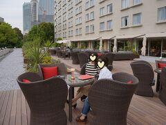 東京プリンスホテルのテラスカフェから東京タワーが正面によく見えました。