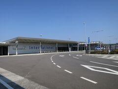 第2ターミナル。 けっこう遠かった。。。