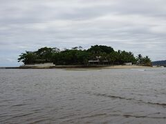海中ポストがあることで有名な島です。