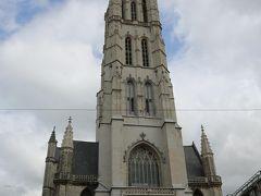 世界遺産より有名かもしれない聖バーフ大聖堂 (絵画は移動できるので世界遺産にはならない)