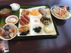 最終日、5/3のホテル朝食。 がっつりね。 早起きして、鵜戸神宮へ向かいます。