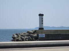 小田原ちょうちんを模した白灯台があり、フォトスポットになっています。