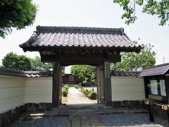 大蓮寺  稲荷山一花院と号する浄土宗の寺院です。