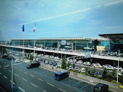 フィウミチーノ国際空港駅到着。