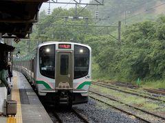 仙山線快速仙台行が来ました。