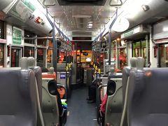 敦化駅前から台北駅までバスで戻りました。