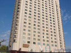 ホテルはマリネラソフィア、中心部より地下鉄で2駅ほど南です。日本庭園があり