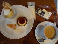 アウトレットパーク滋賀竜王に来ました~!  いろいろ買ってカフェ モロゾフでお茶しました~!