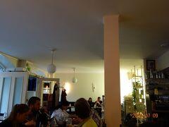 着いて、ヘルシンキの街をぶらぶらしてディナーへ。 ラヴィントラ トリ。 日本人の方が2組くらいいらっしゃいました。