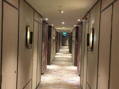 ではシンガポール最後のホテルにチェックインです。 今日のホテルはジェンタングリンシンガポールです。