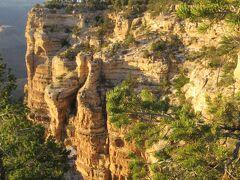 夕陽鑑賞の名所「ヤバパイポイント」へ。 日没までは未だ少し時間があります。 初めて目にした渓谷は壮大でした。