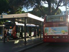 テルミニ駅前のバスターミナルH乗り場に6時40分くらいにつくと、ちょうど64番のバスが停まっていたので、飛び乗ってバチカン市国へ向かいます。