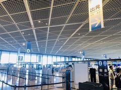 NH209便、11時発デュッセルドルフ行き。  9:30頃の成田空港ANAビジネスカウンターは、ほぼ待ちなし。  ドイツには10回弱行っているが、北部にはあまり行ったことがないので、そのあたりに行ってみることにする。