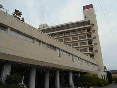 宿泊したホテル花いさわ。 7階に泊まったので眺望抜群、部屋も風呂もひろかった。