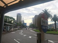 バスでホテルまで