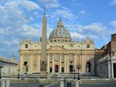 サン・ピエトロ大聖堂内の見学を終え、次はクーポラの頂上の展望台に上り、バチカンの街を上から眺めに行きます。  サン・ピエトロ大聖堂内の見学の旅行記↓ https://4travel.jp/travelogue/11374370