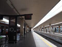 ヴェローナから列車で2時間、フィレンツェ・サンタ・マリア・ノヴェッラ駅へやってきました!