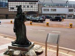 糸魚川Interを降り、右折し糸魚川市内に入りJR糸魚川駅前の駐車場に停めました。