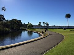 王立植物園。無料ですが、管理が行き届いていて素晴らしい! 海に面していて景色もきれい。