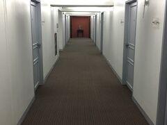 スターホテル604号室から、 おはようございます~隅々オンボロですが 私は好きです!