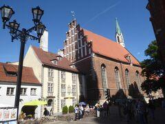 聖ペテロ教会の近くに別の教会がありました。聖ヨハネ教会(St John's Church)で13世紀に建造されています。