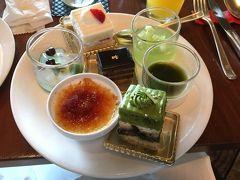「抹茶とメロンとチョコレート」特集で和のスイーツもあり、どれもこれも美味しくいただきました。