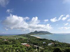 玉取崎展望台から北方面の眺め 左が東シナ海、右が太平洋