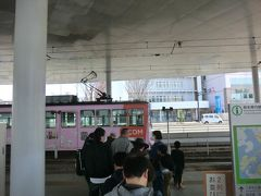 12:55 まずは、熊本市電に乗りましょう。