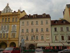 今夜のホテルは広場に面したグランドホテル・ズヴォンです。1533年からの歴史ある3つの建物を使っています。
