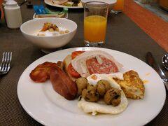 トルティージャ(スペイン風のオムレツ)など、焼き物が充実していました。