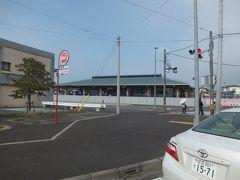 JR水郡線常陸太田駅前を通過。20年位前に乗り潰しで来たことがありますがこんなだったっけ?なんだかすごい小綺麗になっています。