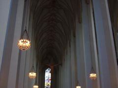 先を急ぐあまり気が散って悪魔の足跡を見忘れたフラウエン教会