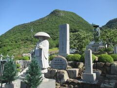 しかし、次は坂を登っていく73番出釈迦寺