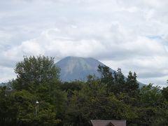 次は、大山PA、、  ここから同じ大山でも角度が変わるので、違った姿を見せてくれます♪  松江だんだん道路を通り、、 午後12時半ごろに松江到着、、