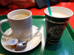 そして、そのままラッキーピエロへ。またww コーヒーとシェイク♪