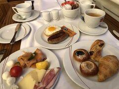 今日の朝食。毎日同じ???