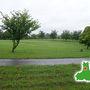 ここは「芦野公園オートキャンプ場」  太宰治の像や文学碑がある五所川原市金木の芦野湖畔。 こんなに広くてしかも無料、だけど客は3組。   ここも「車中泊まとめWiki」で知りました。 https://syachuhaku.fxtec.info/
