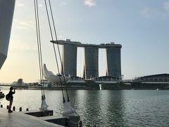 そして、マリーナベイサンズ! 今やシンガポールの代名詞。 娘と2人で写真を撮りまくりますw