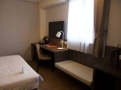 本日のお宿は、アダージョ トラベル台南ルーツ イン。 朝食付きで1泊3,420元。  ホテルズドットコムで予約。