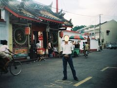 古くから多くの中国人がやってきた古都マラッカはマレーと中国の二つの文化が融合したババ・ニョニャ文化の中心地。そんな街のチャイナタウンにある中国寺院がチェン・フン・テン寺院