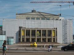 ここも工事中です。 ライプツィヒ歌劇場
