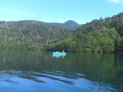 富良野・美瑛を堪能したあとは、然別湖に移動し車中泊。早朝にカヌーツアーに参加しました。