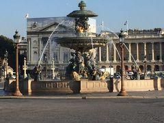☆コンコルド広場☆  悲しい歴史の広場  フランス革命時、1200人から1300人もの人が斬首された場所です。  もっと多くの人だったでしょう。無念に死んでいったのです。