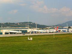ケルン ボン空港から約2時間、定刻の16:30にサラエボ国際空港に戻ってきました。