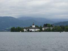 トラウン湖に浮かぶオルト城を目指します。