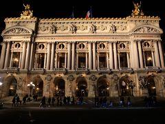 そして,オペラ座。 ため息が出るほど綺麗(^^)  いつの日にかここで本物のオペラをみてみたい。  到着日は,これにて終了です。 それにしても,夜のパリは綺麗です。